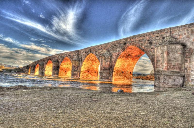 Çobandede Köprüsü Manzarası