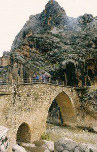 Eski Kâhta Köprüsü