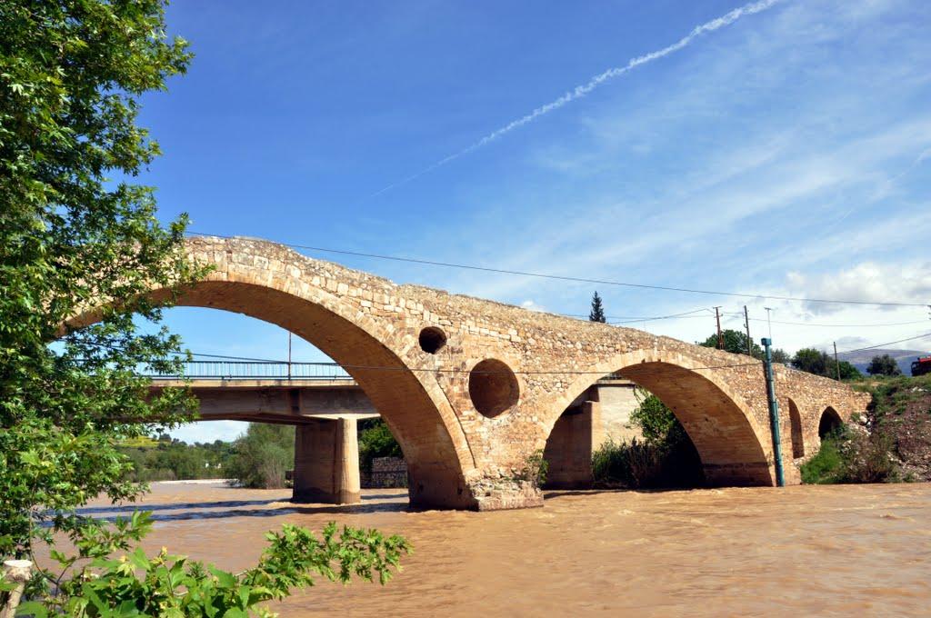 Kravga Köprüsü Manzarası