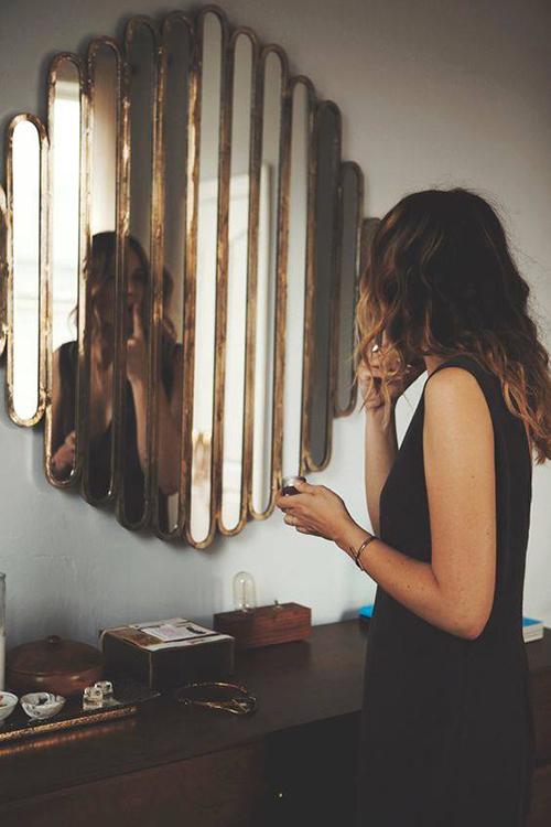 Ayna ve Kadınlar