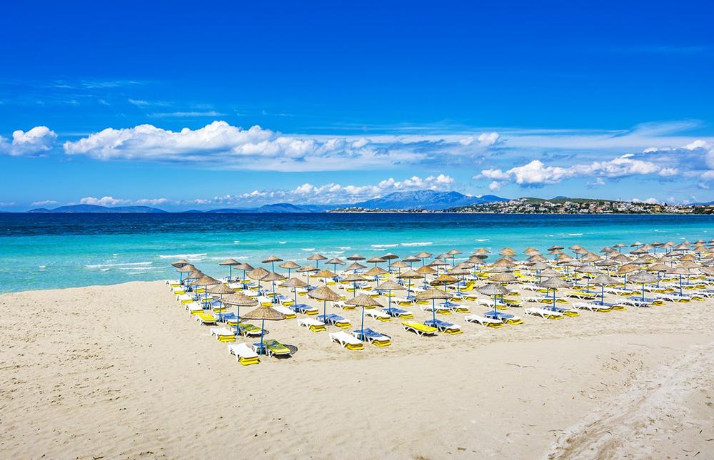 Çeşme, İzmir. Turistler için Gidilebilecek 5 Tatil Beldesi