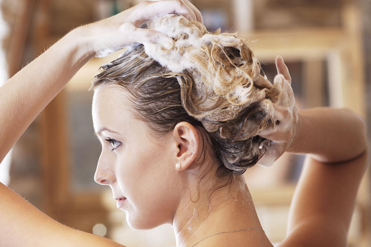 Saçınızı Yıkamak İçin Doğru Sıcaklık Nedir