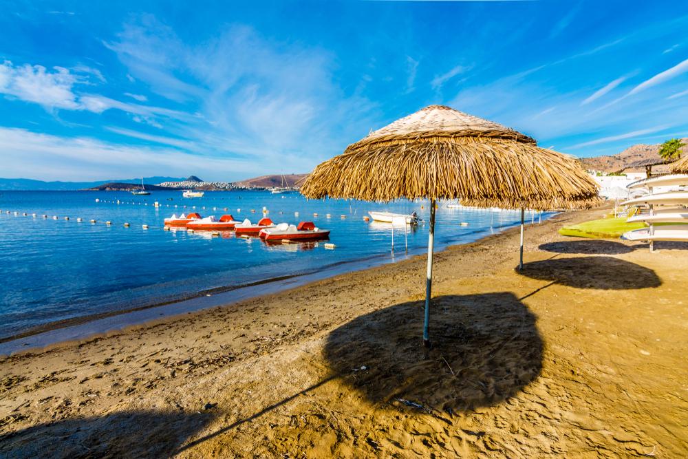Yahşi Plajı - Ortakent. Bodrum'da Yapılabilecek En İyi 15 Şey