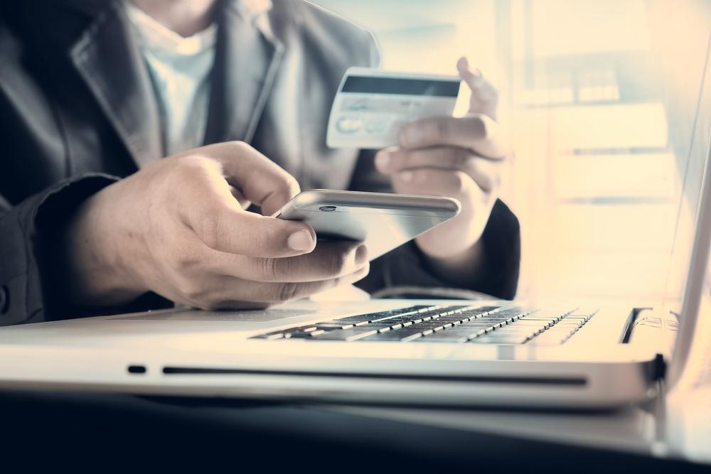 Nakit Çekime Kapanan Kredi Kartı Hangi Süreyle Açılır