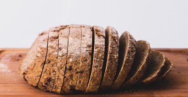 Tam Buğday Ekmeği Tüketmenin Mucizevi Faydaları
