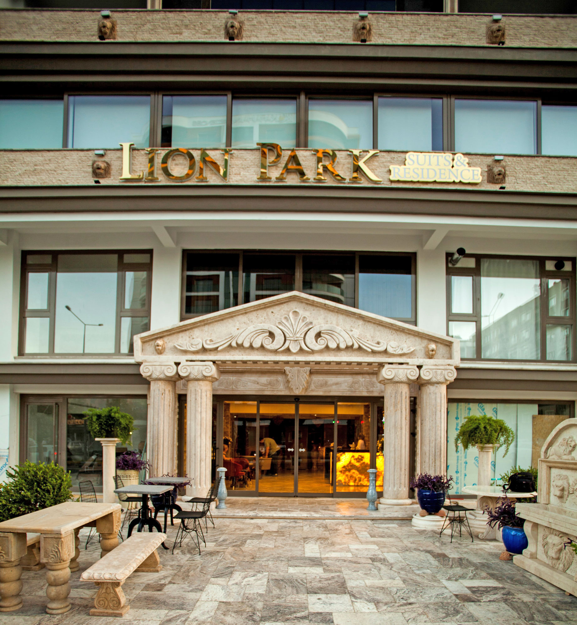 Lion Park Suites & Residence Hotel, Aydın