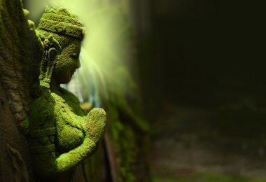 Brahman, Hint inanışına göre yeşil yosunu andırır..