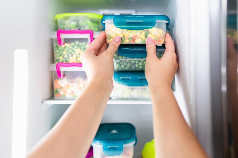 Buzdolabından Yiyecekleri Çıkarın