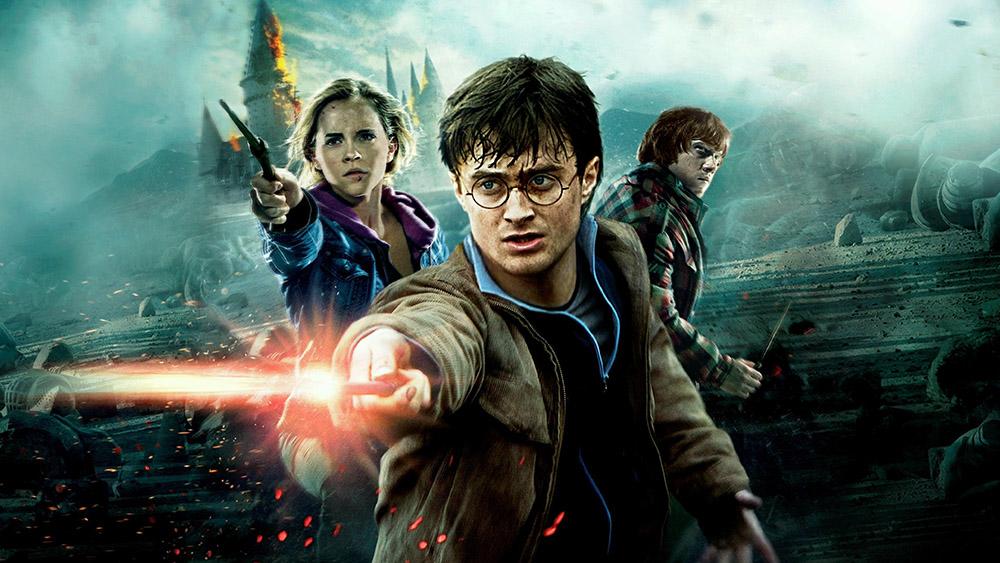 Harry Potter ve Ölüm Yadigarları, Bölüm 2(2011): Bütçesi 250 milyon dolarları bulan efsanevi yapımın, gişe hasılatı 1 milyar 341 milyon dolar. Tüm Zamanların En Çok Gişe Yapan Filmleri