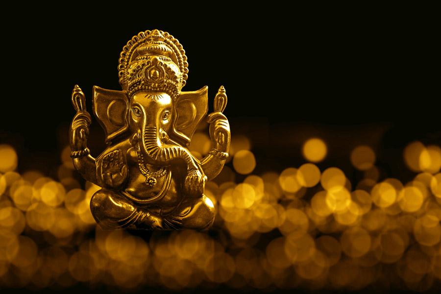 Hint Tanrısı Ganeşa, File benzerliğiyle bilinin ve bu özellikle tasvir edilen Ganeşa..