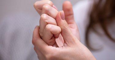 Parmak Çıtlaması Zararları Nelerdir ?