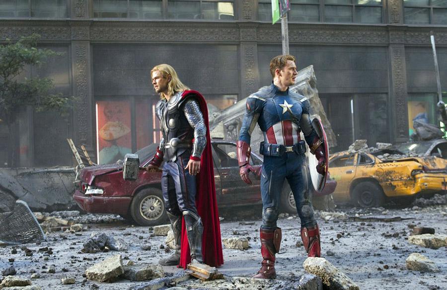 The Avengers (2012) Bütçesi 220 milyon dolar film, 1milyar 518 milyon dolar hasılata çıkabilmiş..